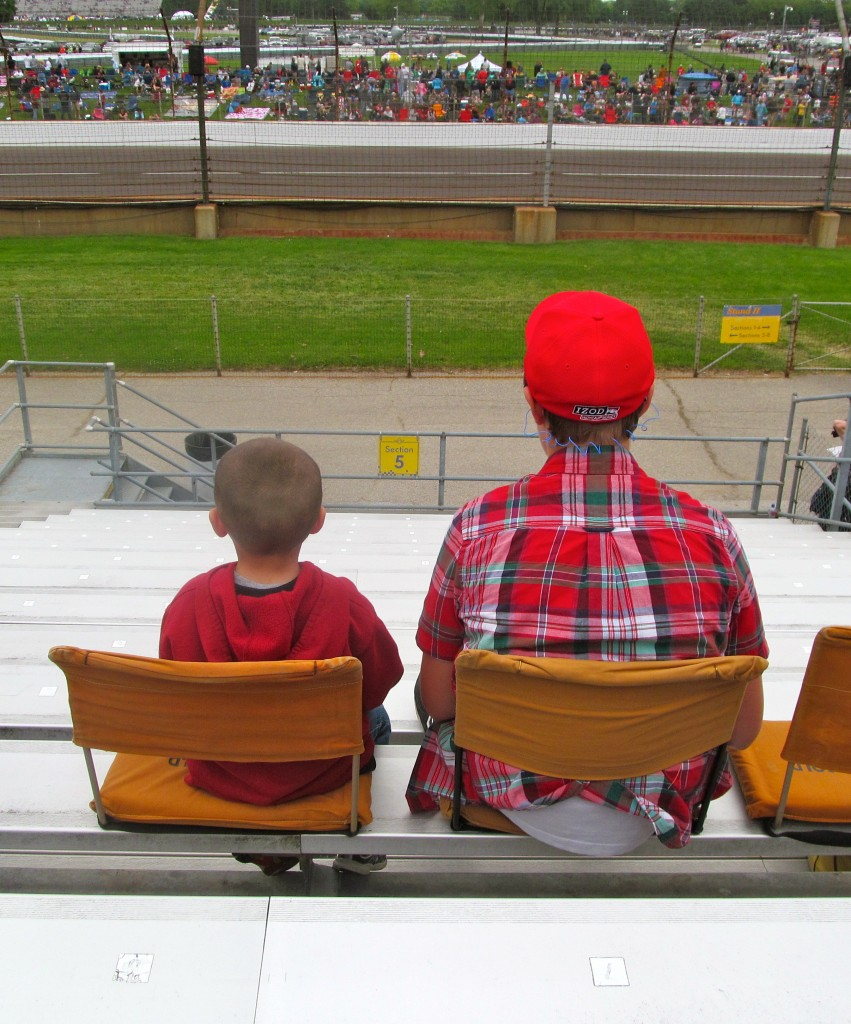 Little & Big Spectators