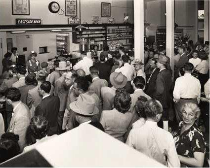 The crowd waiting to place their order back in the day.  Photo Credit:  Philippe's FB page.