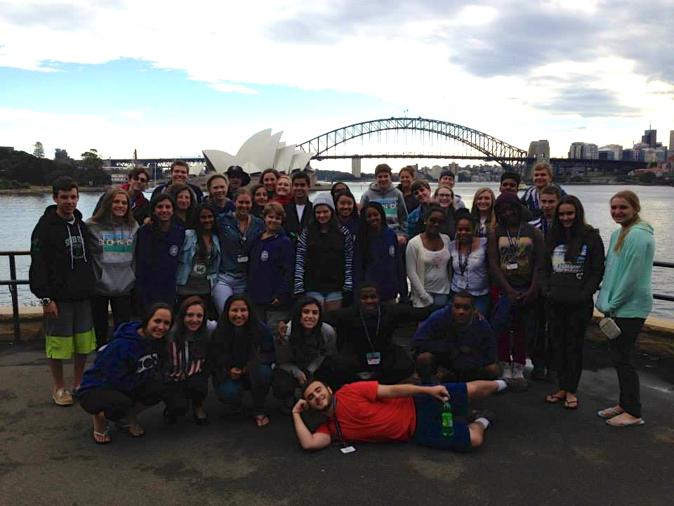 The study abroad group in front of the Sydney Opera House.